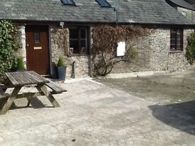 Nr Milton Abbot 1 bed barn conversion