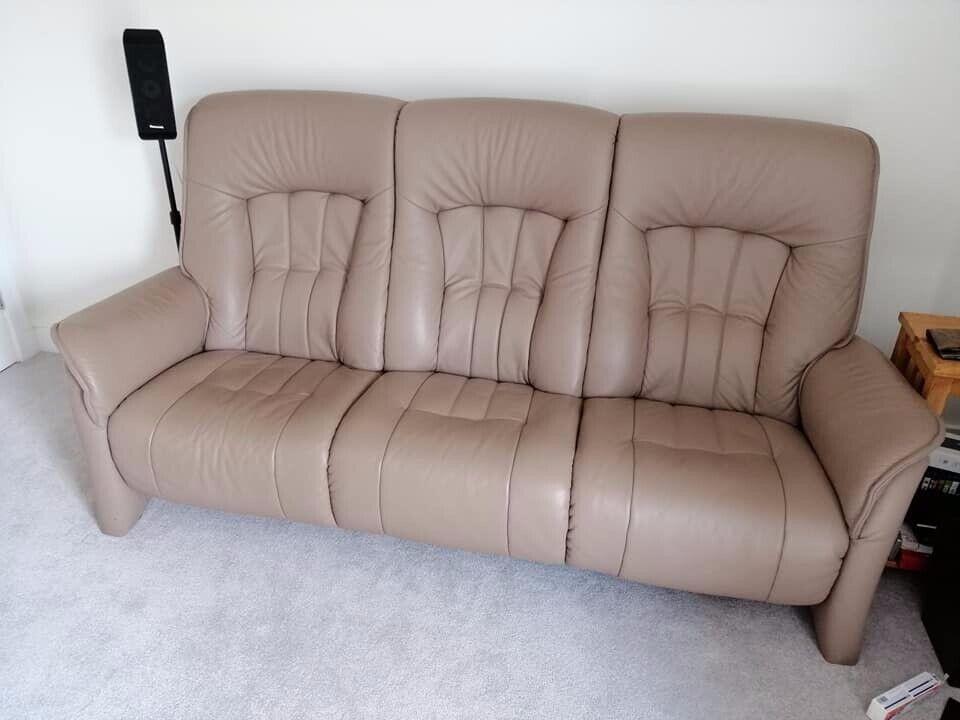 Astonishing Himolla Cumly 3 Seater Leather Sofa Colour Earth In Plymouth Devon Gumtree Spiritservingveterans Wood Chair Design Ideas Spiritservingveteransorg