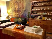 YUMO TRADITIONAL THAI /OIL BODYWORK MASSAGE THERAPIST