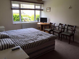 LOVELY DOUBLE ROOM FOR A COUPLE