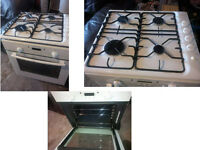 INTERGRATED ELECTROLUX COOKER COMPRISING OF ELECTRIC COOKER AND GAS HOB GOOD WORKING ORDER AND CLEAN