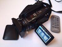 Canon Legria Vixia HV30 FullHD digital MiniDV Camcorder + accessories