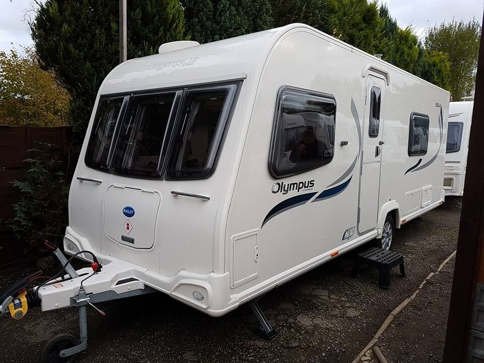 Bailey Olympus 530 4 Berth Caravan 2012 FIXED BED Awning VGC