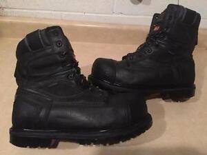 Men's Size 10 Kodiak Waterproof Steel Toe Work Boots