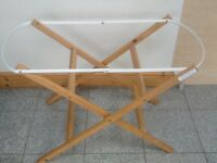 Moses basket /bassinet stand in excellent condition-£5