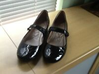 2 pairs of ladies Clarks shoes, brand new