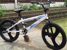 Zinc gravity bmx stunt bike