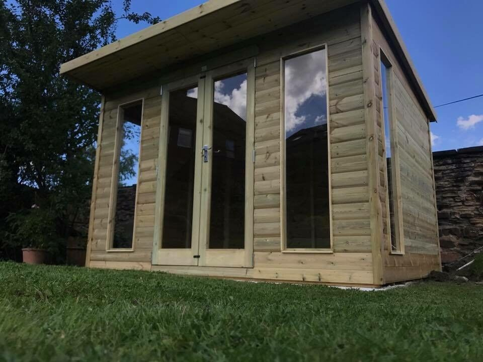 The royal summerhouse/outdoor office