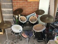 Full Accoustic Drum Kit - Fender (Used)