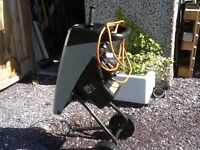 Titan garden shredder, bought last year from screw fix. Turns garden waste to mulch!