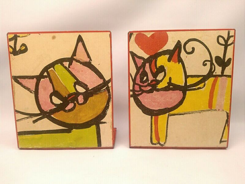 """MCM VINTAGE METAL ART BOOKENDS W/ ADORABLE CAT """"DRAWINGS"""" 5"""" x 4"""" KITSCH NOVELTY"""