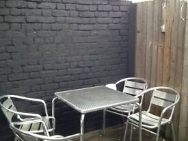 BIG BRIGHT VERY QUITE DOUBLE ROOM STRATFORD ILFORD FOREST GATE REFURBISHED WITH ALL BILLS INCLUDED