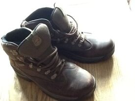 TIMBERLAND LEATHER ANKLE BOOTS, SIZE 6, £20.