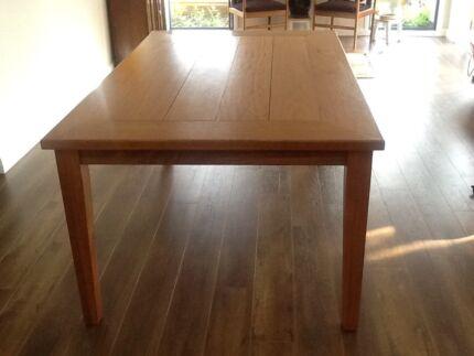 Blackbutt table Northbridge Willoughby Area Preview