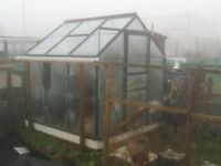 Green House .. 6ft X 6ft .. £80 ono ..