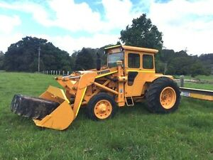 Chamberlain Mark 3 Tractor Industrial Loader F1000 Clothiers Creek Tweed Heads Area Preview