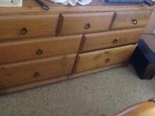 Dresser with mirror Richmond Hawkesbury Area Preview