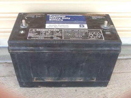 650 AMP NEW HOLLAND BATTERY. Kurunjang Melton Area Preview