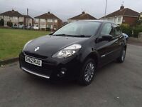 Renault clio ONLY 10.140 MILES Year 2012