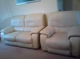 Beautiful cream leather settee & matching chair
