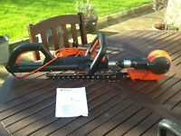 Gardena THS400 Electric Telescopic Hedge Trimmer