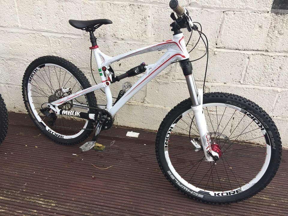 Mountain Bikes for sale Plymouth from £225 to £1099 Can deliver message for all details and links
