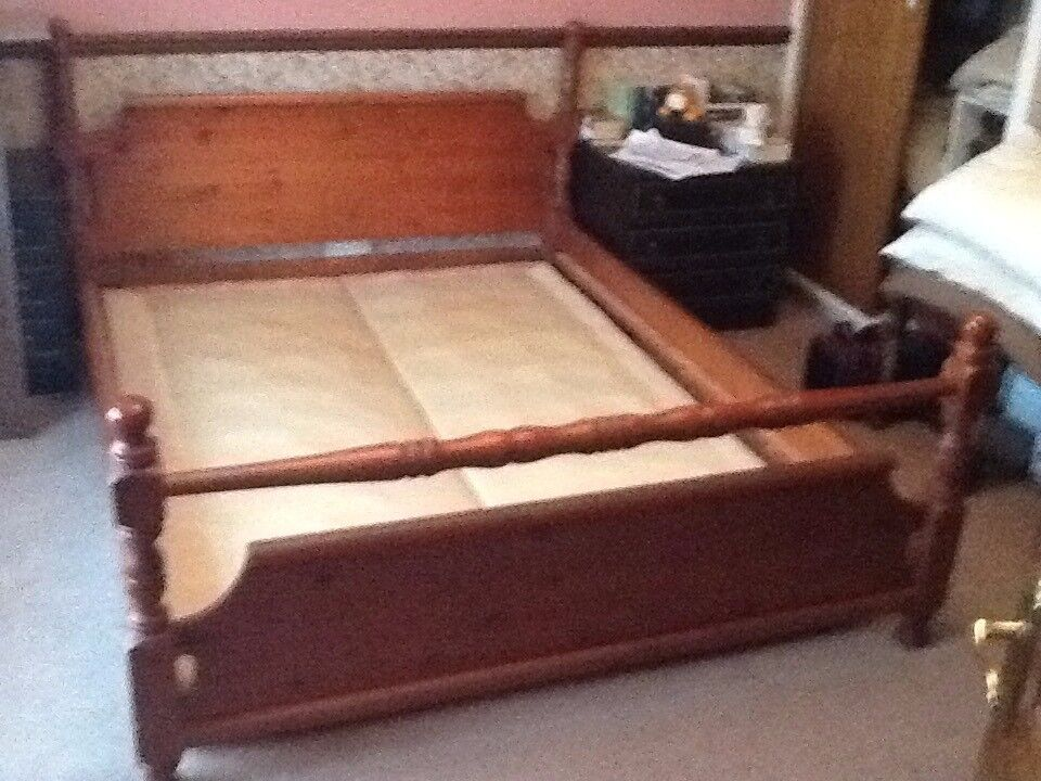 Solid Pine bed surround + King Size split divan base