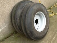 TRACTOR FRONT WHEELS 6 STUD HEAVY DUTY RIMS COMPLETE WITH 1000/16 TYRES FIT MASSEY FORD INTERNATINAL
