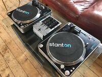 2x Stanton T.62 Turntables & Numark M1 Mixer