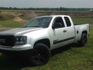 20 inch rims and 275/55R20 tires looking to sell fast
