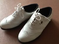 Ladies Golf Shoes Size 4. As new