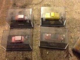 4 boxed car key rings