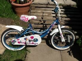 2x small girls bikes £25 each good condition