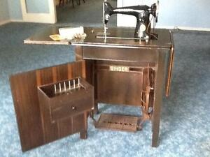 Vintage Singer 201K Treadle Sewing Machine in Cabinet Taren Point Sutherland Area Preview