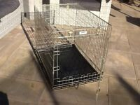 Dog Crate - Medium. Excellent condition - used for 3 weeks !