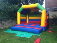 2xbouncy castles, Ball pool balls and additions