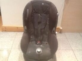 Maxi Cosi Priori group 1 car seat for 9kg upto 18kg(9mths to 4yrs)-reclines,is washed & cleaned-£40