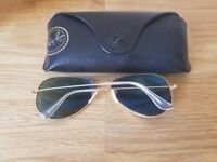 Rayban gold metal frame blue flash lens - unisex. Polaroid. Case included.