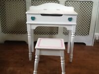 Girls desk and stool