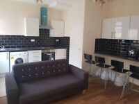 Affordable double room to rent in city center