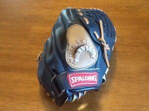Child's Spalding Baseball Glove $10
