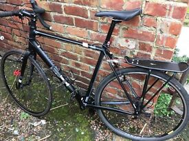 Men's 58cm frame Tricross specialised bike, black, VGC & accessories, recently fully serviced.