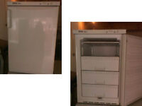 PLEASE RING OR TEXT FIRST PLEASE MIELE UNDER COUNTER FREEZER GOOD WORKING ORDER DETAILS BELOW