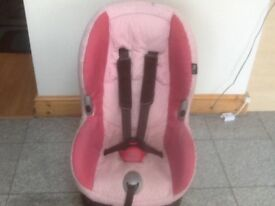 Maxi Cosi Priori group 1 car seat for 9kg upto 18kg child weight(9mths o 4yrs)reclines,washed-£40