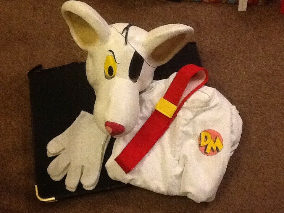 Great Full Size Adult Danger Mouse Costume In Nice Condition Complete With The  Original Belt