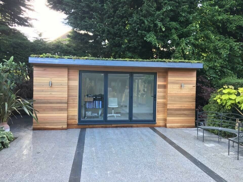 Garden Room / Home Office / Studio / Summer House / Log Cabin / Extension /