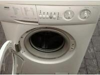 Washing machine zanussi in mint condition. Can deliver.