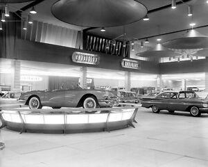 Chevrolet-Corvette-1959-Detroit-Auto-Show-5-x-7-photograph