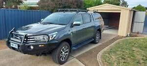 Toyota Hilux Sr5 april 2018