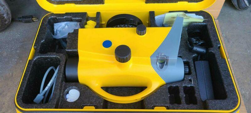 Trimble Dini 0.7mm Digital Electronic Auto Automatic Level pristine condition!